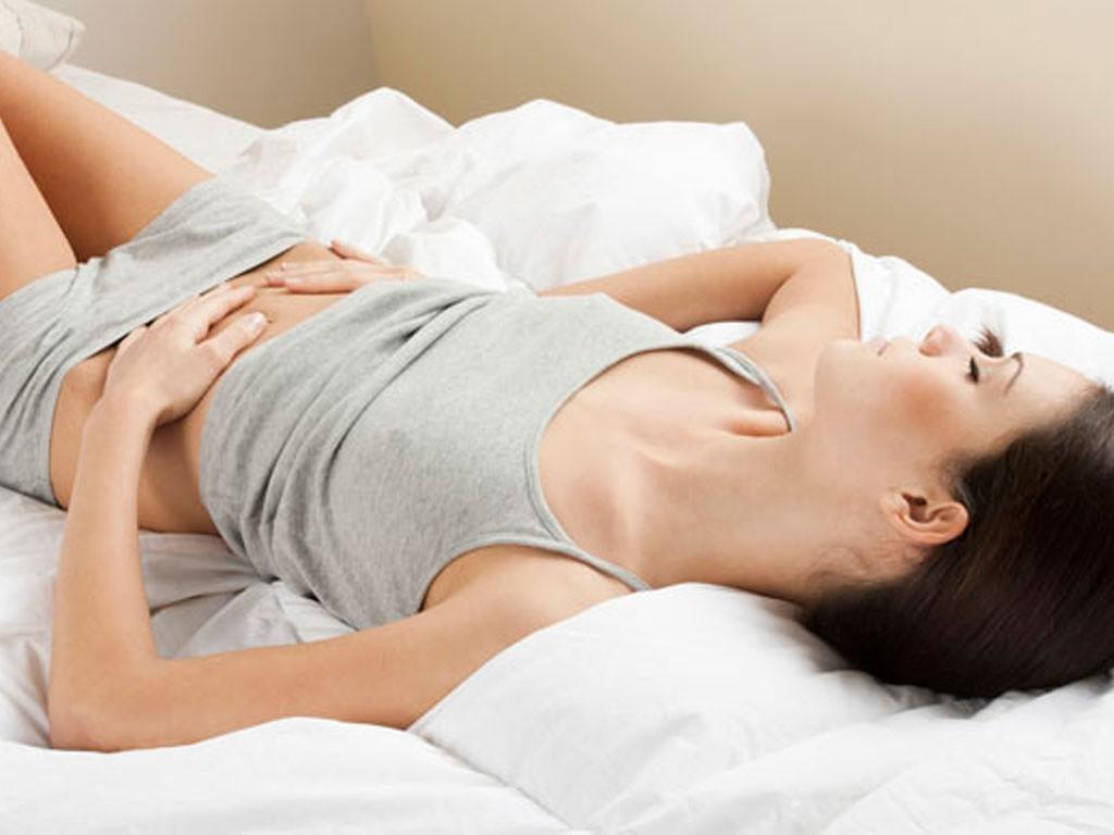 A dor na ovulação pode ser leve à moderada.